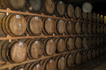 casks small